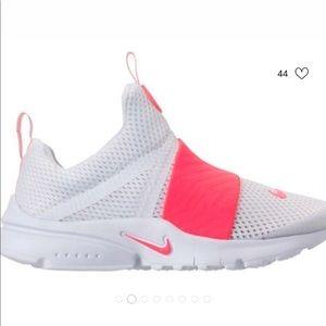 Nike Presto Extreme GS. Youth 5/ Women 7